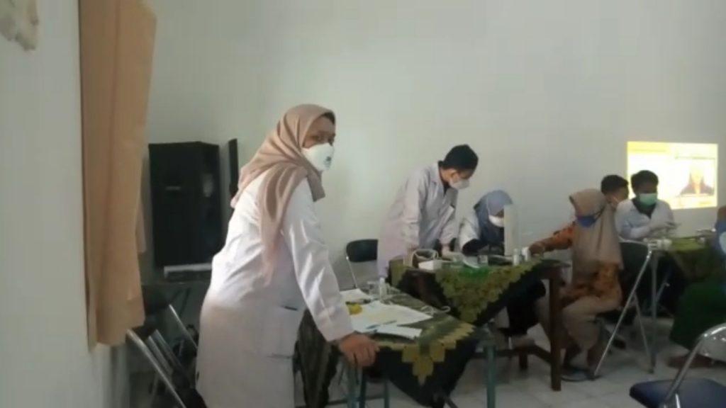 Pengecekan Kesehatan Untuk Lansia